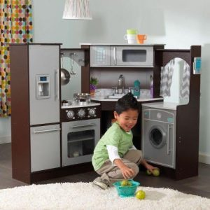 10 developmental toys that 4 year olds will love childfun for Kitchen set for 7 year old